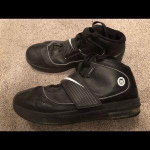 Lebron Soldier IV Nike Zoom Size 13